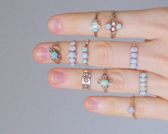 Antique Opal Ring. 10K Gold. Graduated Five Stone Row. Size 5.5