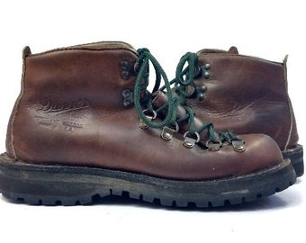 SALE Vintage Danner Mountaineer Leather Lace Up Hiking Boots, Mens 7