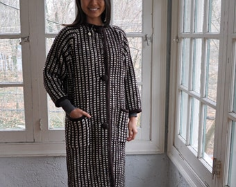 Vintage Crochet Nubby Wool Coat/Vintage 1960s/Brown and White Stripes/Size Extra Small to Small
