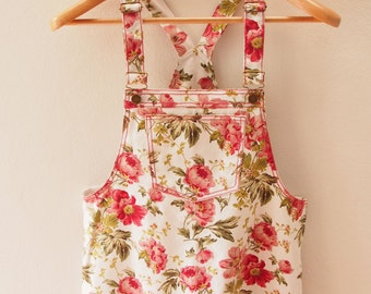 Skirtall, Floral Skirtall, White with Pale Red Rose Overall, Apron Overall skirtall, Vintage Inspired, Size S