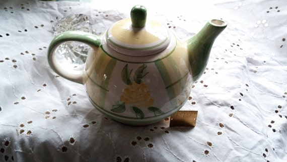 Tea Pot, Royal Norfolk, Hand Painted, Green And Yellow Gingham with Yellow Flower Focal Point, Fine Porcelain, 7x4x4.5 inches, Great Gift