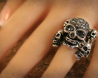 skull ring - Five Skull Stretchy Ring - Gothic Ring -