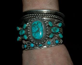 Beautiful Vintage Navajo Tom Billy Kingman Turquoise Cluster Bracelet 47 Grams
