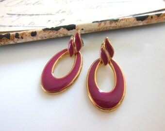 Retro Vintage Small Red-Violet Enamel Gold Tone Wave Hoop Dangle Earrings NN40