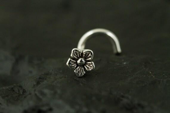 Tiny flower nose screw/nose stud/nose ring