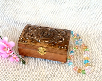 Wood box jewelry box Wooden box Memory box Ring box Wedding ring jewellery box Jewelry boxes Wood carving Wood boxes Keepsake box Q6