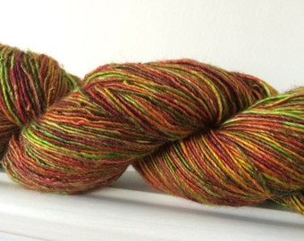 "Hand Dyed Single Merino Silk Yarn ""Autumn Warrior"" 100g 400m Sock / Fingering"