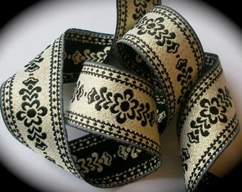 Metallic Ribbon  in 1 1/2  x 2 1/4 yds Muted Gold and Black - 1 left
