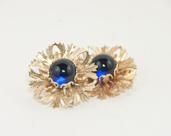 Vintage Brooches, Vintage Costume Jewelry, Gold with Dark Blue Cabochon Brooches, Vintage Fashion