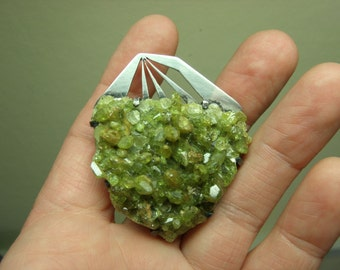 Vintage Sterling & Raw Peridot Modernist Brooch Signed AVE Green Crystals