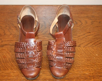 Size 10,Mary Jane Leather Sandals,sandals 10,sandals,size 10 shoes,mary jane flats,womens shoes size 10,woven leather flats,hippie sandals