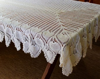 Vintage Lace Tablecloth Crochet Handmade Table Cloth Linen Cotton Feather Scallop