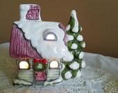 Vintage - Christmas Music Box / Light House - White Christmas - Japan - Ceramic - Collectors