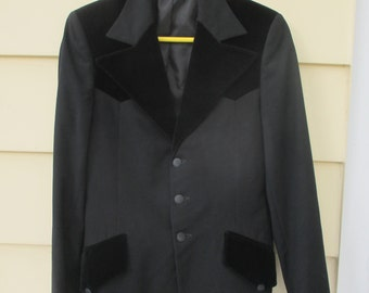 Vintage 1970s Tuxedo Jacket with Velvet Trim