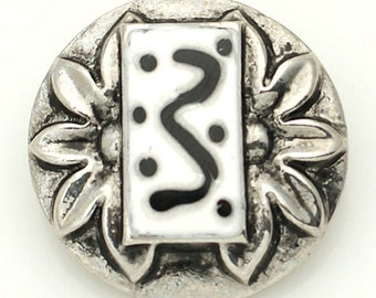 1 PC 18MM Black White Enamel Silver Candy Snap Charm kb8867 CC1568