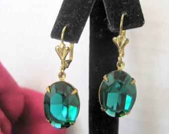 Green Earrings - Emerald Faceted Rhinestones - Dangle Wires