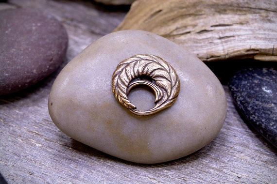 Button Bronze Leaf  One Inch