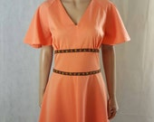 Cool 60s/70s Vintage Coral Angel Sleeve Mod/Mini Dress With Floral Waist Detail.