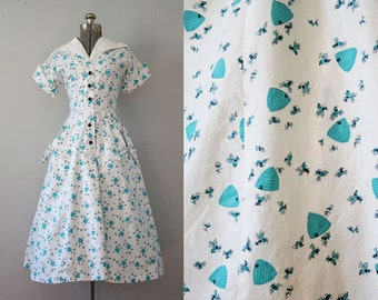 1940's Novelty Print Bee Dress / Size Small