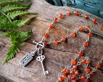 """Natural Faceted Orange Carnelian Gemstone Gem Chain Key To Life Charm Necklace 16"""" Long Toggle Closure N-0007"""