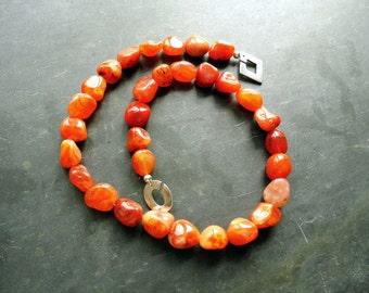 Chain. Carnelian. Silver. Jewelry, orange, elegant
