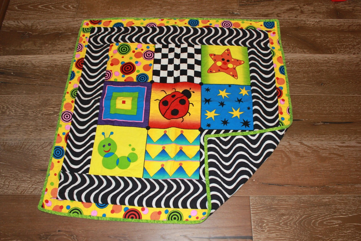 Sale baby einstein quilt floor time quilt high contrast for Floor quilt for babies