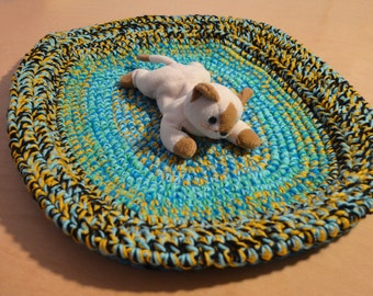 Cat Bed, Crocheted Cat Bed, Cat Pad, Turquoise and Gold
