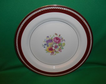 """One (1), 10 1/8"""" Dinner Plate, fron Stetson China, in the STT 309 Pattern."""