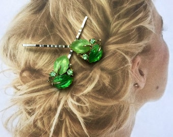 Decorative Hair Pins 1940 1950 Vintage Bridal Molded Art Glass Green Leaf Leaves Hairpins Bobby Pins