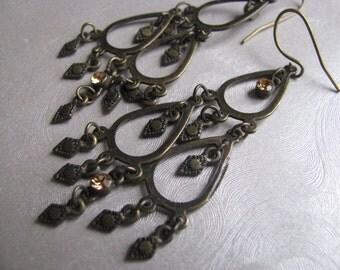 Copper Chandelier Dangles - 1980s Vintage Drop Dangle Earrings - Statement Dangle Vintage Earrings - Showstopper Chandelier Earrings