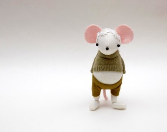 White Woollen Mouse  -  Handmade woolly mouse wearing a green pullover, matching felt pants and a daisy chain on his head.
