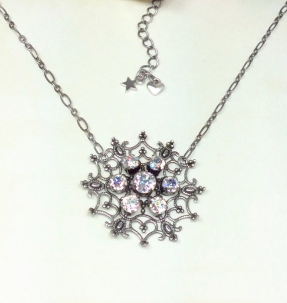 Swarovski Crystal & Filigree - White Patina - Snow Flake Pendant Necklace - Designer Inspired - FREE SHIPPING