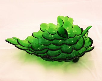 Vintage Glass Green Grape Shallow Bowl Serving Dish T5