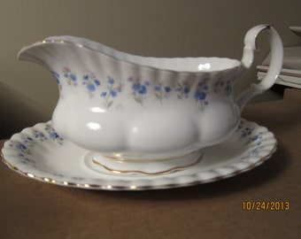 Vintage Royal Albert, Memory Lane, Gravy Boat w/ Separate Underplate (2 piece set), in As Found Condition - circa 1970s