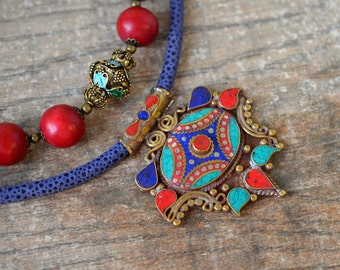 Nepal Tibetan necklace Tibet pendant necklace Double necklace Ethnic jewelry Red wood bead necklace Convertible multi layer necklace
