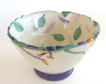 Ceramic bowl frogs swimming leaf home decor