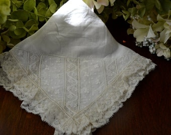 Victorian Wedding Handkerchief, Light Ivory, Embroidery, Lace 3441