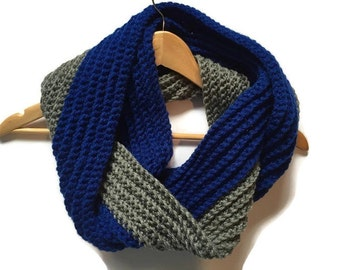 Two toned crochet infinity scarf