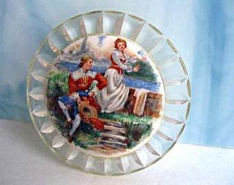 Porcelain Portrait Painted Brooch, Vintage Lucite Scalloped Frame, Couples Romance Scene, Ceramic Disc Brooch
