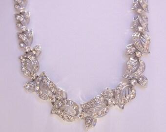Elegant ORA Rhinestone Choker Necklace Perfect for a Bride