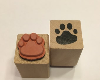 tiny / small paw print rubber stamp, 16 mm (BB4)