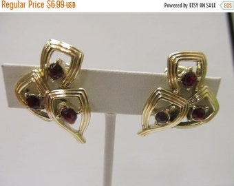 On Sale CORO Red Rhinestone Earrings Item K # 2792