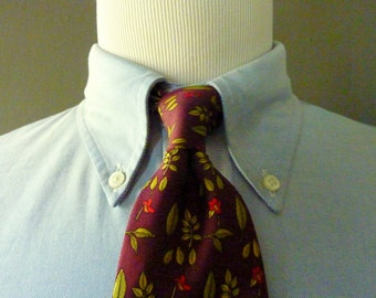 "BEAUTIFUL Vintage Brooks Brothers MAKERS All Silk ""Poppy Flowers & Leaves"" on a Maroon Background Trad / Ivy League Neck Tie.  Made in USA."