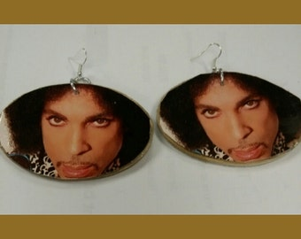 Med/large Prince earrings