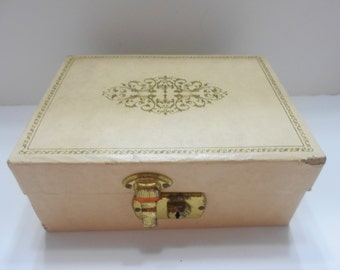 Vintage Small Beige Leatherette Jewelry Box--With Key