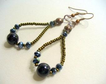 Beaded Dangle Earrings, Brown Earring, Black Earrings, Antique Brass Earring, Long Dangle Earring, Womens Jewelry, Black Crystal Earring