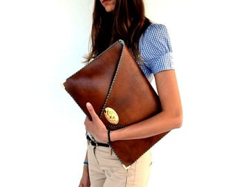 Brown leather clutch / Camel leather bag / Large clutch bag / Women business bag / Leather file folder / Laptop case 15 in