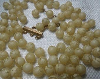 Vintage Beads, Plastic Beads, Lucite Beads, Vintage Bead Lot