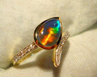 Opal Ring Ladies 14ct Yellow Gold & Diamond 9X6MM Teardrop Shape Triplet. item 100880.