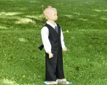 Boys black suit. Boys linen suit. Ring bearer outfit in linen.Toddler boy wedding outfit. Boys special occasion. Boys wedding suit.